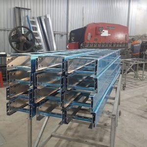 Hoàng phát chuyển sản xuất máng cáp nhôm