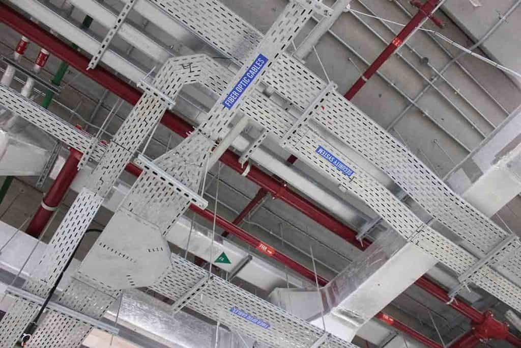 Giá đỡ thang máng cáp trên hệ thống máng cáp
