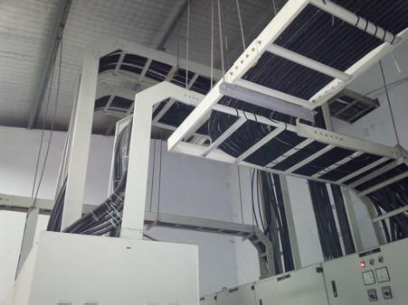 Mục đích sử dụng thang máng cáp là xây dựng hệ thống bảo vệ dây điện bên trong