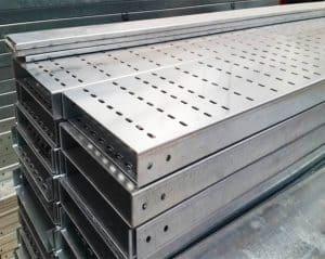 Mạ kẽm nhúng nóng là cách truyền thống để phủ cho ống thép một lớp bảo vệ